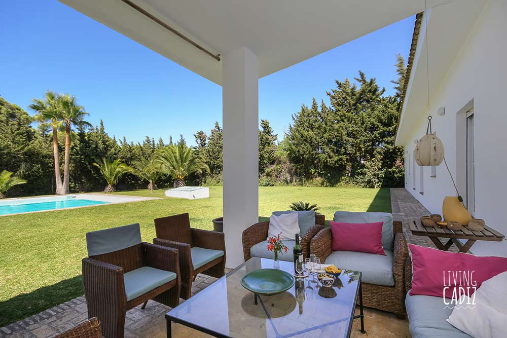 Family holiday villa in Conil with pool - Nora house