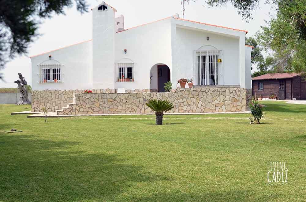 Laveguilla 15 op alquiler casas de vacaciones en conil for Alquiler casa con piscina cadiz
