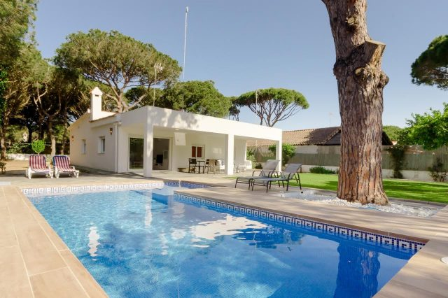 Beautiful Villa La Barrosa