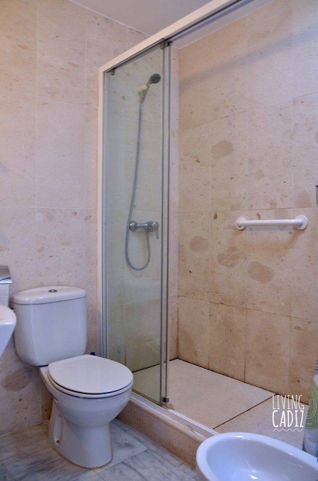 Segundo baño en planta superior