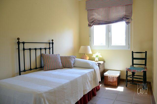 Dormitorio individual en planta superior