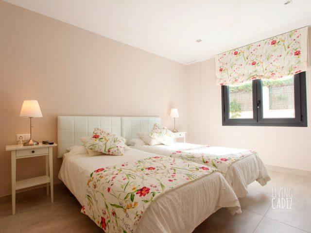2º Dormitorio con dos camas individuales