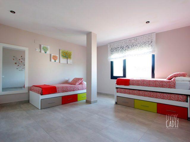 4º Dormitorio con 2 camas individuales (4º)