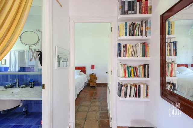 Libreria completa en dormitorio 4 (principal)